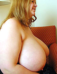 Big Tits Pawg at Home Wanting Sex
